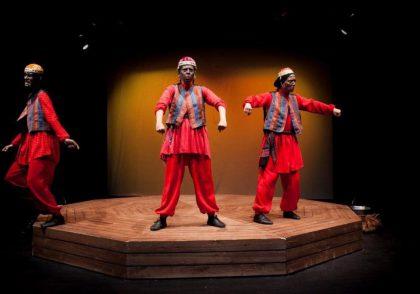 مبانی مضحکه به عنوان ریختاری از نمایش ایرانی | اکتو