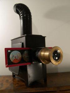 دوربین فیلمبرداری - چراغ جادو - سایت اکتو